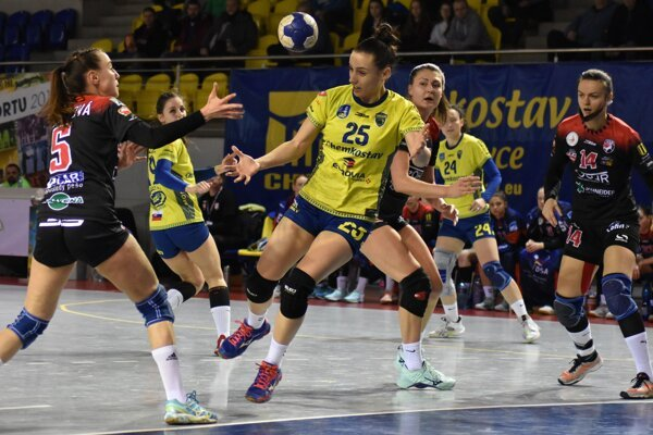 Michalovce a Prešov sa mali stretnúť hneď v 1. kole MOL ligy, v tom termíne však budú mať pohárové povinnosti.