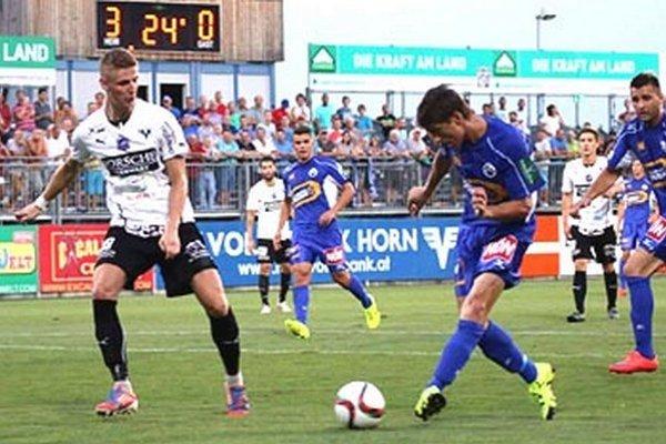 Martin Chren takto strelil gól v piatkovom zápase tretej rakúskej ligy. Jeho SV Horn porazil Oberwart vysoko 8:1.