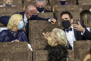 Predsedníčka poroty Cate Blanchettová a člen poroty Matt Dillon.