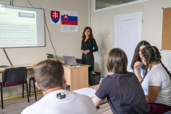 Monika Plintová, učiteľka anglického jazyka, Súkromné gymnázium Futurum Trenčín.