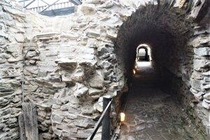 V múzeu sú sprístupnené historické opevnenia Košíc a časť bývalej mestskej kanalizácie.