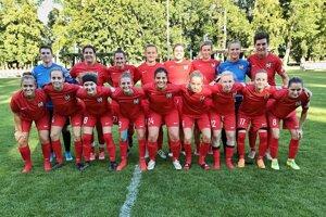 V Pečeňadoch začal ženský futbal. Ide o bývalé hráčky Spartaka Trnava.