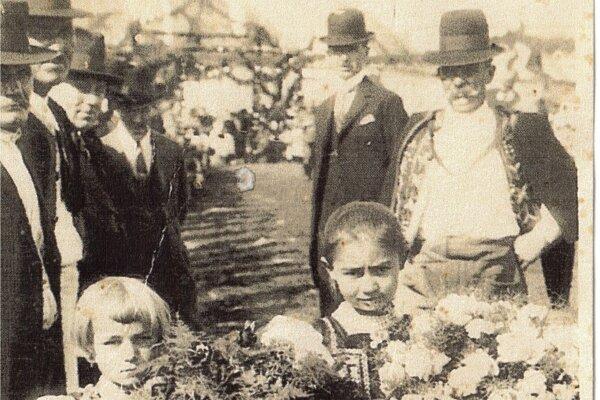 Z vítania T. G. Masaryka na Rínku vDobrej Nive.