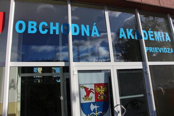 Obchodná akadémia Prievidza.