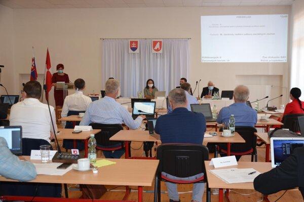Informatívnu správu o procese prípravy projektu odobrili mestskí poslanci v stredu na zastupiteľstve.
