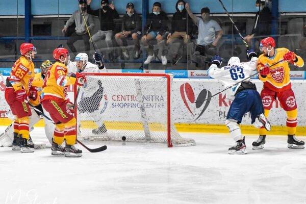 Trenčín prehral na ľade Nitry 3:6.