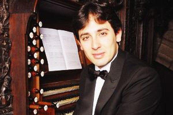 V otváracom koncerte sa v nedeľu predstaví Vincent Dubois.