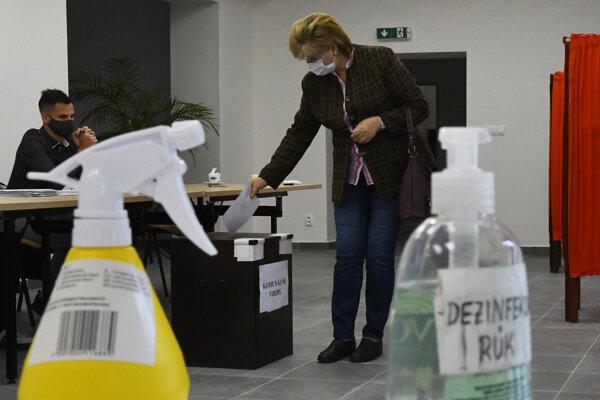 Voľby v Poľove.