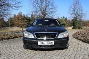 Mercedes-Benz W220 S500 z roku 2004