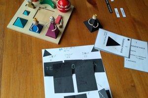 Učenie s Montessori pomôckami.