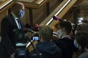 Minister obrany Jaroslav Naď pred stredajším rokovaním vlády.