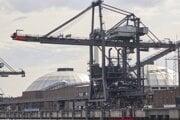 Nákladný prístav v nemeckom Hamburgu.