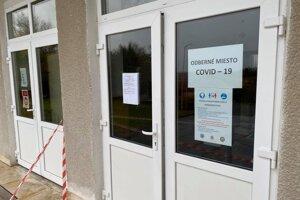 Obec Žemberovce bola na sobotné testovanie pripravená v piatok napoludnie.