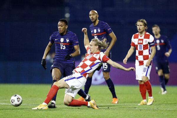 Domagoj Vida v zápase proti Francúzsku v októbri 2020.