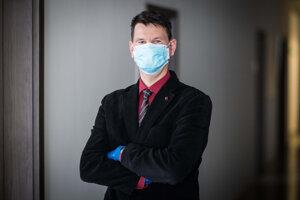 Michal Palkovič riadi sekciu súdneho lekárstva a patologickej anatómie Úradu pre dohľad nad zdravotnou starostlivosťou.