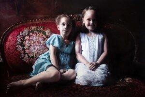 Barbora Kysilková: Chloe & Emma