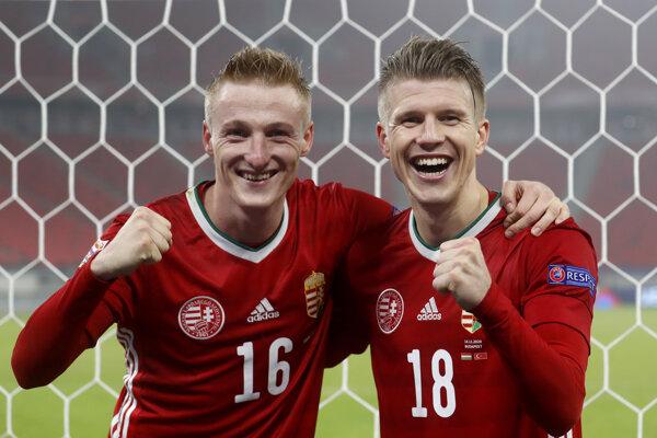 Šťastní Kevin Varga (vľavo) a David Siger po postupe Maďarska do A-divízie Ligy národov.