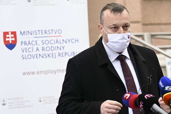 Minister práce a sociálnych vecí Milan Krajniak (Sme rodina).