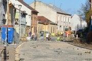 Oprava Jarkovej ulice počas novembra.