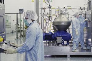 USA povolili núdzové použitie experimentálneho prípravku od spoločnosti Regeneron Pharmaceuticals.