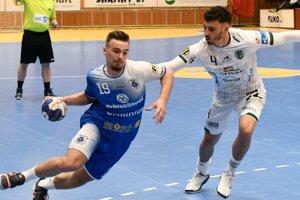 Tatranu bude v Berlíne pre problémy s kolenom chýbať Brazílčan Pedro Souza Pacheco (vpravo).