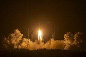 Štart čínskej sondy Čchang-e 5.