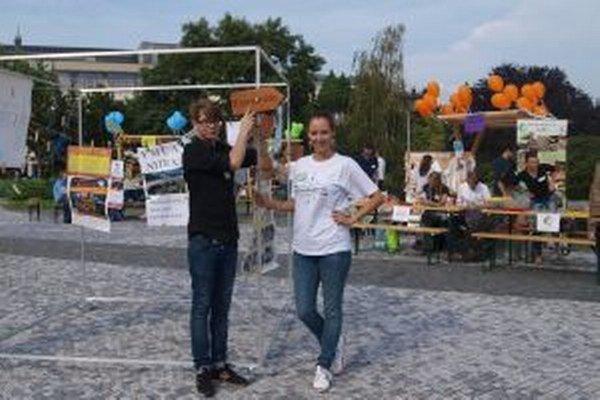 Projekt dobromapy nám priblížila Petra Hadžová (v strede).