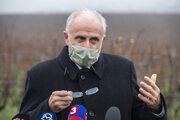 Minister pôdohospodárstva a rozvoja vidieka SR Ján Mičovský (OĽANO).