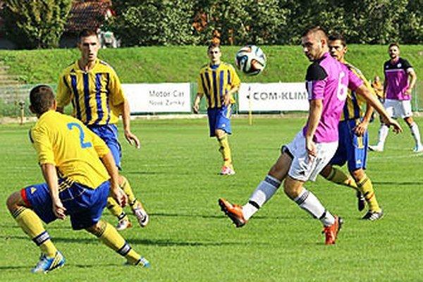 V zápase Komárna s Vrábľami gól nepadol.