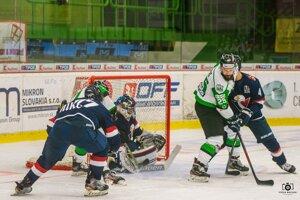 ILustračné foto z predchádzajúceho zápasu NOvých Zámkov so Sloavnom na novozámockom ľade.