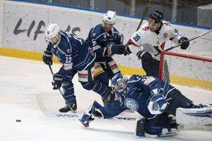 Hokej Slovan Bratislava - Nitra, hokejový superpohár LIVE dnes.