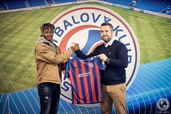 Addo podpísal s klubom dlhodobý kontrakt