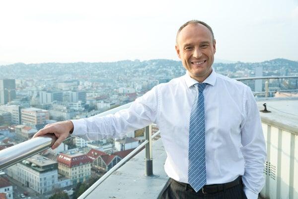Generálny riaditeľ VÚB Alexander Resch.