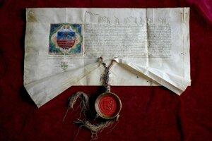 Erbová listina uhorského kráľa Ladislava V. z r. 1453, ktorou udelil mestu právo používať erb.
