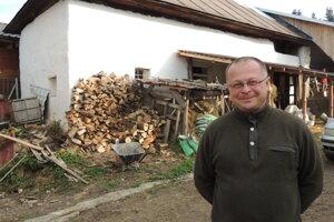 Farár Norbert Ďurdík.