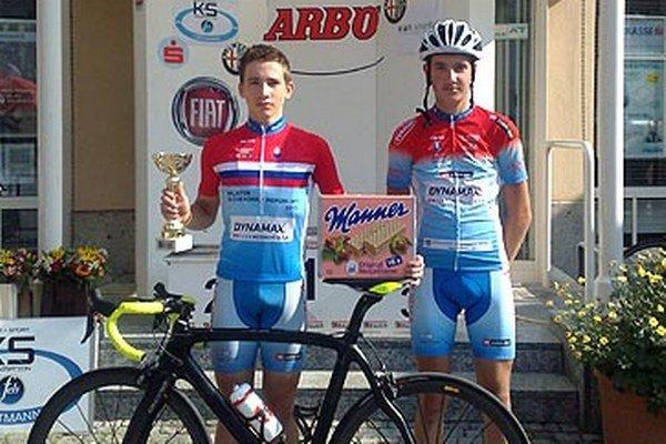 Zástupcovia CK Dynamax Nitra Marek Bugár (vľavo) a Martin Vlčák si z pretekov v Rakúsku odniesli víťazstvo.
