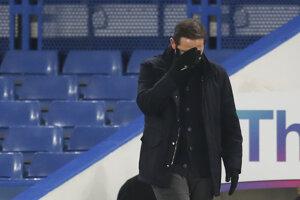 Smutný tréner londýnskej Chelsea Frank Lampard.