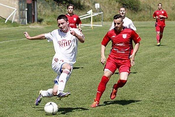 K výhre ČFK prispel jedným gólom aj Marcel Kurej (vpravo).