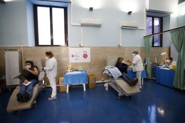 Očkovanie proti ochoreniu Covid-19 v Ríme.