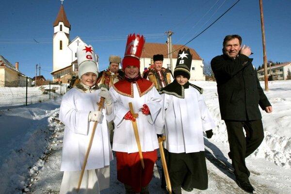 Tradičné Pastierske hry vianočné v Lome nad Rimavicou sa tento rok kvôli pandémii nekonali.