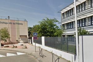 Stredná škola v Lyone.