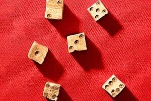 Stredoveké hracie kocky zPustého hradu.
