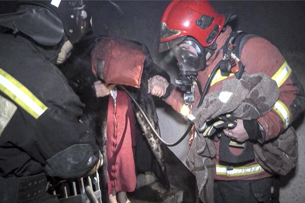 Zásah hasičov v Jekaterinburgu.