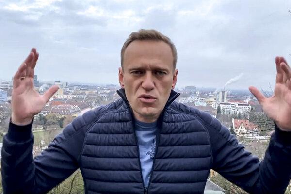 Navaľnyj, ktorý obviňuje Kremeľ zo svojho otrávenia, sa plánuje vrátiť do Moskvy v nedeľu 17. januára.