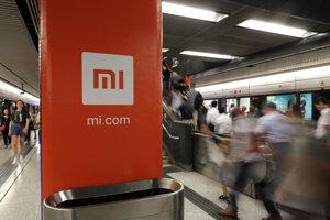 Akcie Xiaomi klesli v reakcii na rozhodnutie USA zhruba o 10 percent.