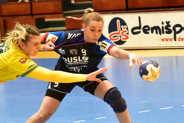 Pivotka Barbora Königová strelila v Prahe šesť gólov.
