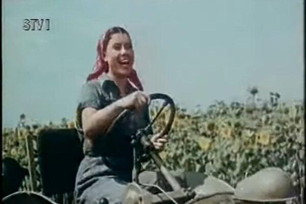 Margita Skyvová (rod. Dalmadyová) vo filme  Rodná zem (1953).