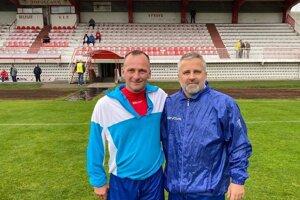 Spolu hrali ligu v Topoľčanoch, aktuálne obaja obliekajú aj dres Ludaníc. Zľava Martin Buday a Ladislav Krajčík.