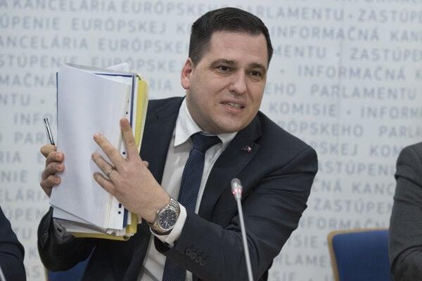 Hovorca EPP vo výbore Európskeho parlamentu pre kontrolu rozpočtu Tomáš Zdechovský.
