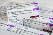 Balenia očkovacích látok proti ochoreniu COVID-19 od výrobcu AstraZeneca.